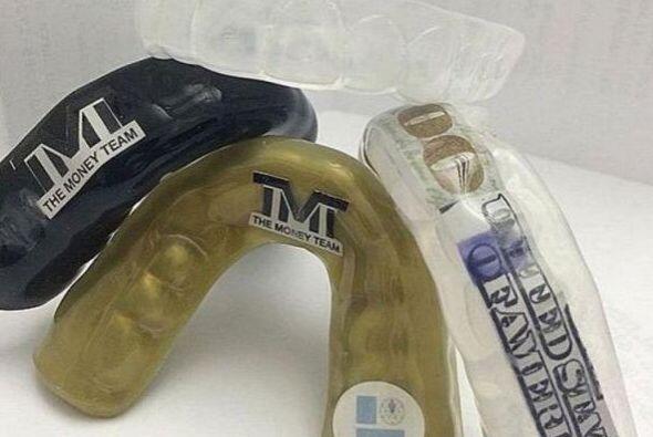 Los protectores bucales de Mayweather Jr. cuestan 25 mil dólares,...