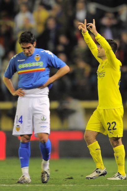 Más tarde, fue el turno del italiano Giuseppe Rossi, quien le dio el emp...
