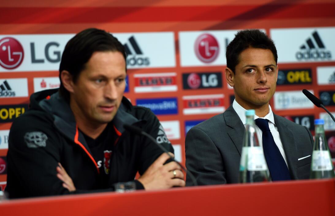 ¿Quién es Tayfun Korkut, el nuevo entrenador de 'Chicharito' en el Bayer...