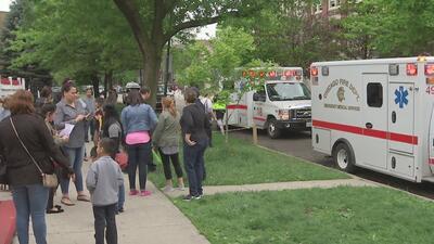 Varios estudiantes de una escuela en Chicago fueron hospitalizados por un presunto escape de gas