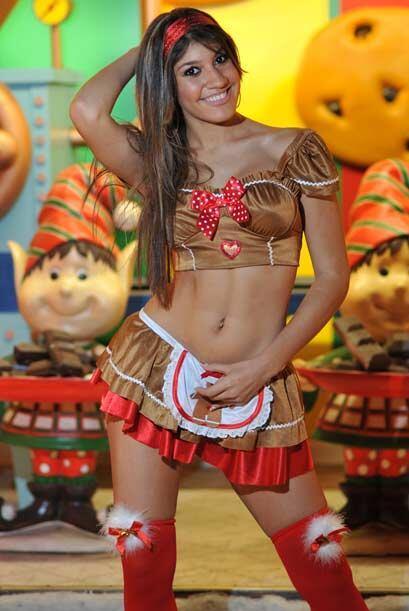 Esta dulce chica se dedica al modelaje profesional y a estudiar. Yaneysi...