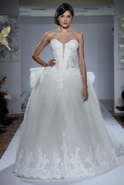 Por ejemplo, está el vestido de la novia soñadora. El corte princesa es...