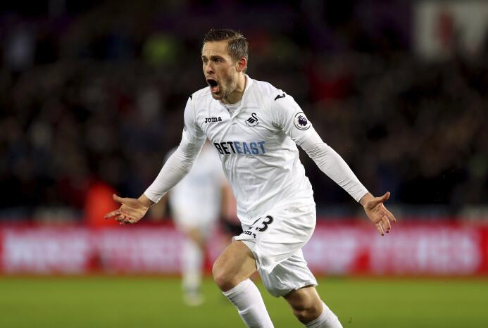El islandés Gylfi Sigurdsson tuvo una gran temporada con el Swansea City...