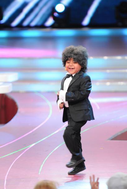 El pequeñito hizo reír a todos con su magnífica actuación y sus gracioso...