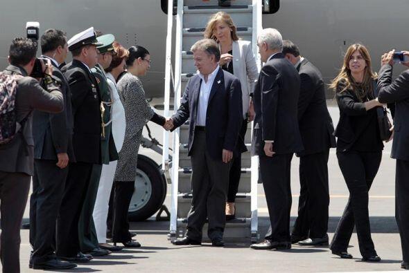 Asimismo, el presidente de Colombia, Juan Manuel Santos arribó esta tard...