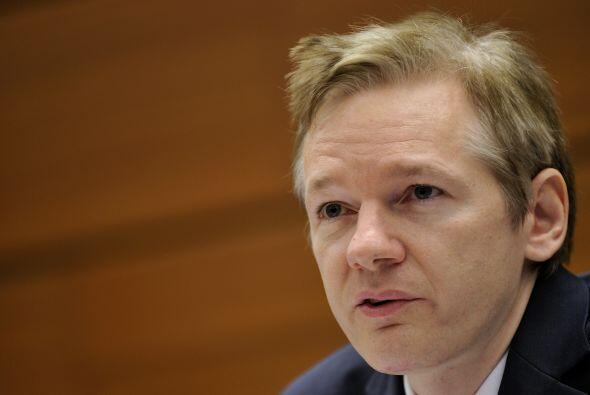 En su adolescencia, Assange se destacó como pirata informático hasta que...