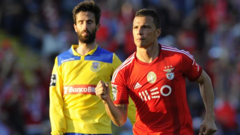 Rodrigo Lima hizo dos importantes goles para la victoria del Benfica.