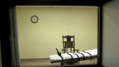 Vista de una cámara de la muerte en una correccional de Ohio desd...
