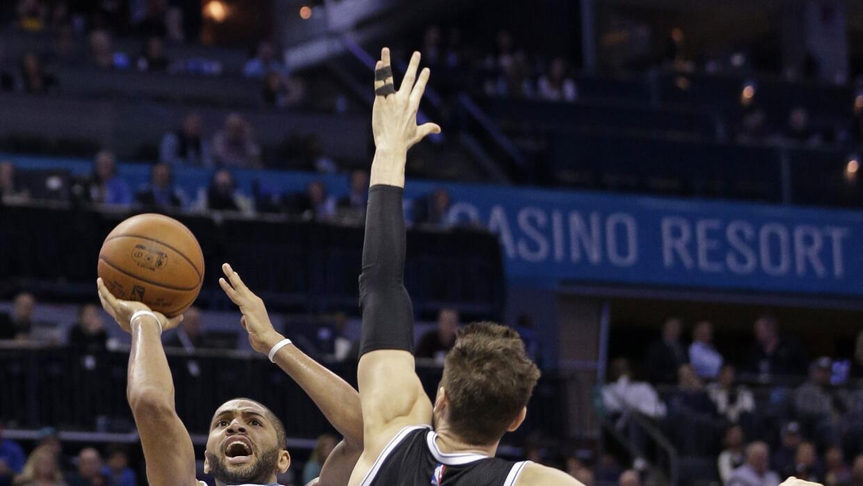 Los Nets fueron guiados por el alero Thaddeus Young con 27 puntos.