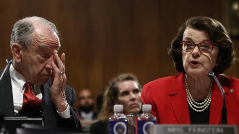 El presidente del Comité Judicial, el senador republicano Chuck G...