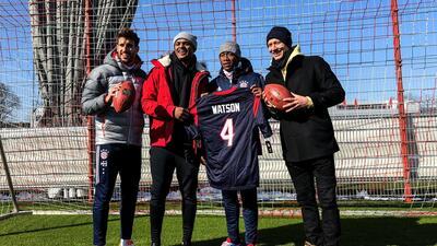 Deshaun Watson se divirtió mucho junto a las estrellas del Bayern...
