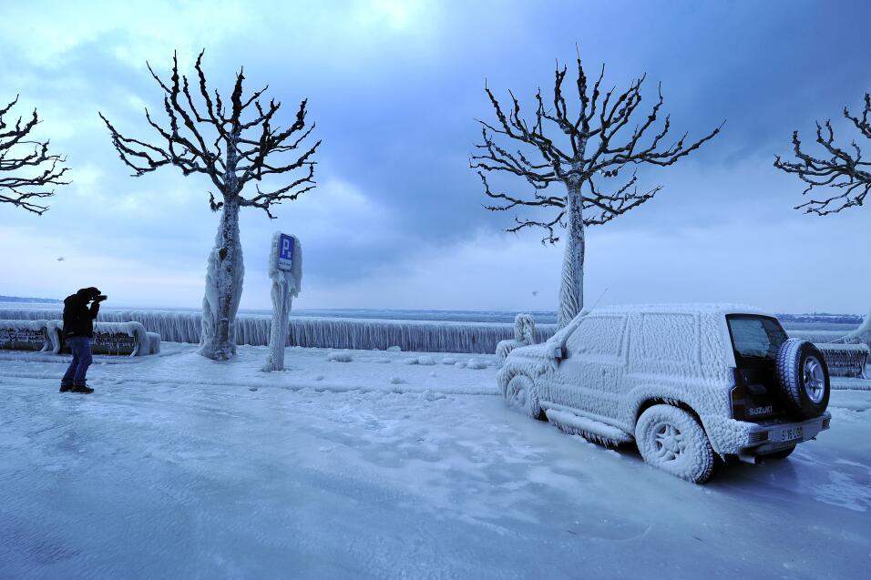 Consejos para manejar en nieve y hielo GettyImages-138288687.jpg