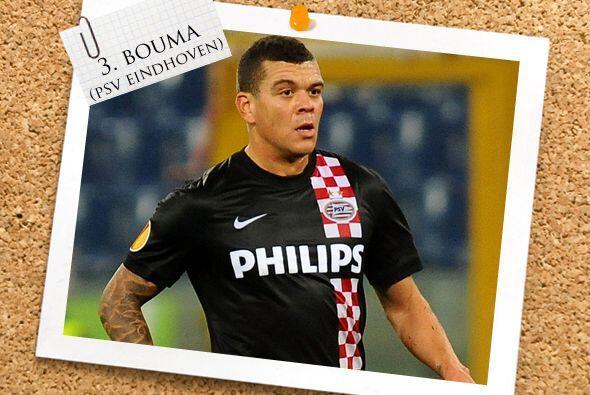 Pasando por el balompié holandés, Wilfred Bouma se unió desde la defensa...