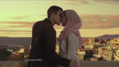 El primer beso entre Fátima y Morey desata pasiones