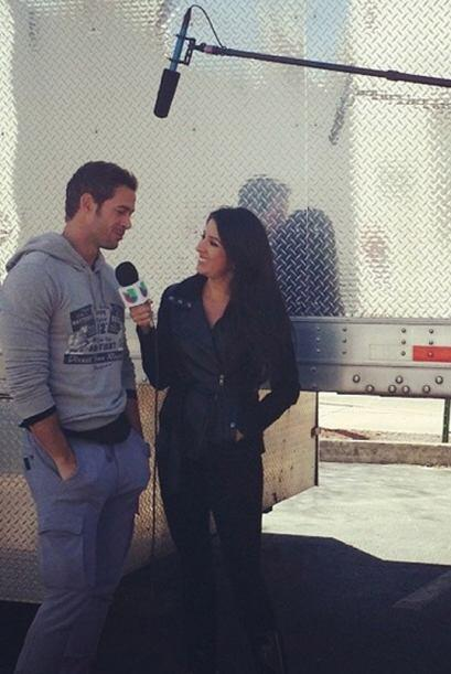 """My kind of #Friday! Set visit at #TermLife with #WilliamLevy"", contó Ma..."