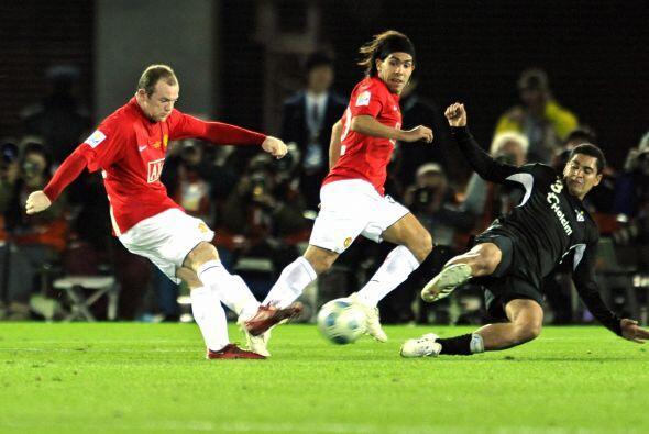 En aquel equipo inglés estaba Cristiano Ronaldo Y Carlos Tévez.