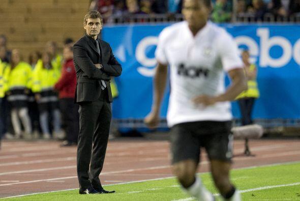 Tito Vilanova, el nuevo estratega del Barcelona, veía a sus jugadores y...