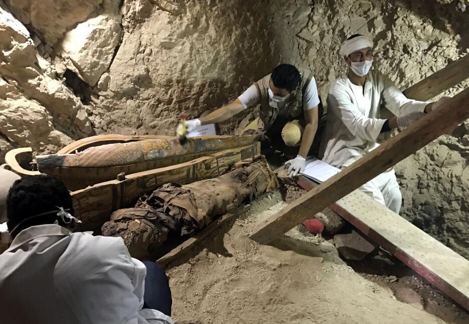 Descubren en Egipto una tumba de 3,000 años de antigüedad  Egipto5.JPG
