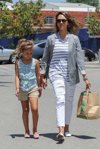 Honor, la hija de Jessica Alba, por su parte incluso en vacaciones estuv...