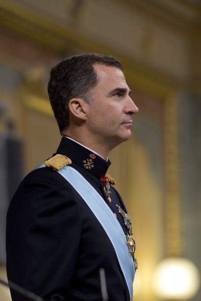 """Felipe VI también agradeció a su madre """"toda una vida..."""