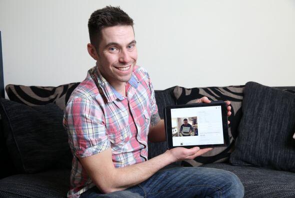 La idea del novio fue apoyada por mejor amigo Craig Gibson, quien creó u...