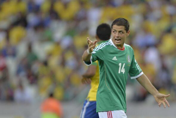 Simplemente con haber llamado a Javier Hernández, le habría aumentado 26...