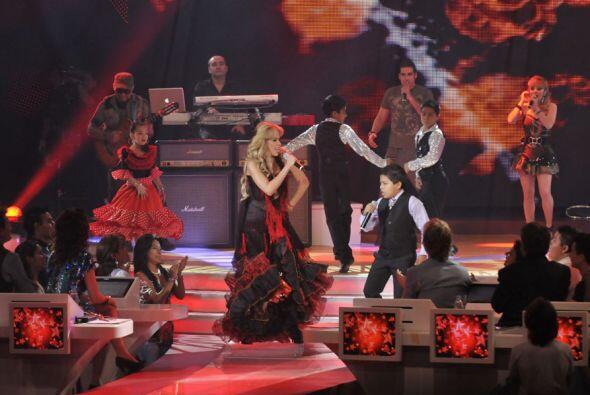 La madrina del programa, Gloria Trevi dio un gran espectáculo int...