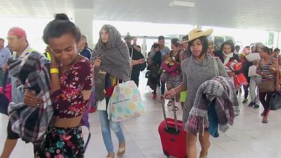 """""""Sí se pudo"""": Decenas de migrantes de la comunidad LGBTQ que integran la caravana llegan a Tijuana"""