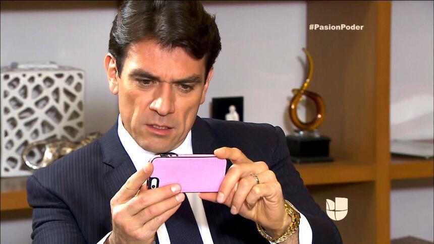 ¡Arturo descubrió la traición de Daniela con Eladio! 32D1E93839DD461D84B...