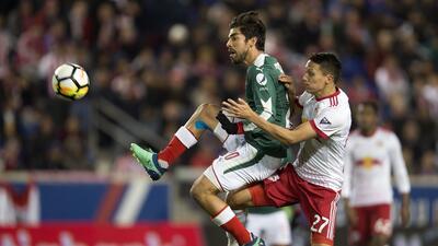 En fotos: Chivas sufrió, pero logró el paso a la gran final de la Concacaf Liga de Campeones