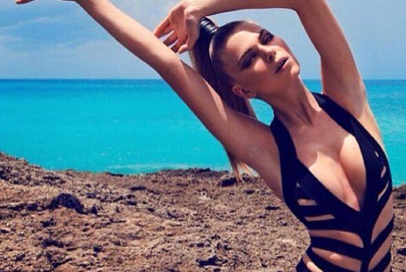 Lineas de ropas reconocidas consultan con el para crear nuevas tendencia...