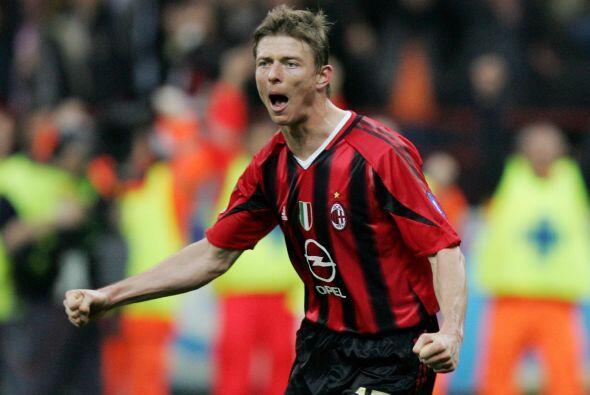 John Dahl Tomasson fue un talentoso jugador nacido en Dinamarca que pas&...
