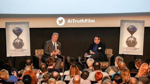 Al Gore participa en un conversatio acerca de la película en Seattle.