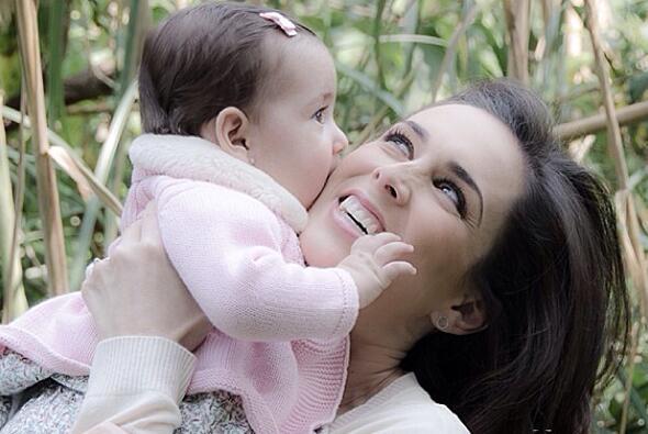 ¡Jacqueline Bracamontes está embarazada! JB28.jpg