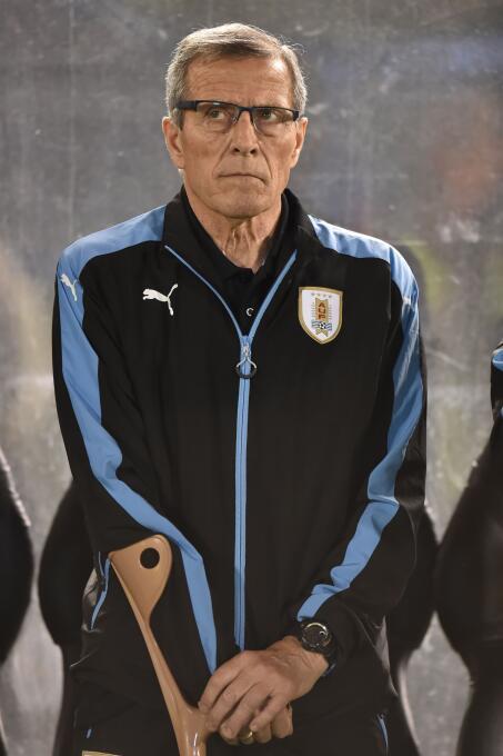 Uruguay defendió su ventaja en Asunción: 2-1 a Paraguay GettyImages-8430...