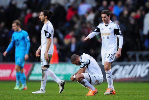 Un gol en propia puerta del español Chico Flores acentuó las penurias de...
