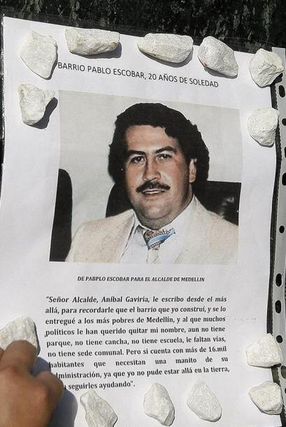 Colombia recordó a Pablo Escobar en la víspera del vigésimo aniversario...