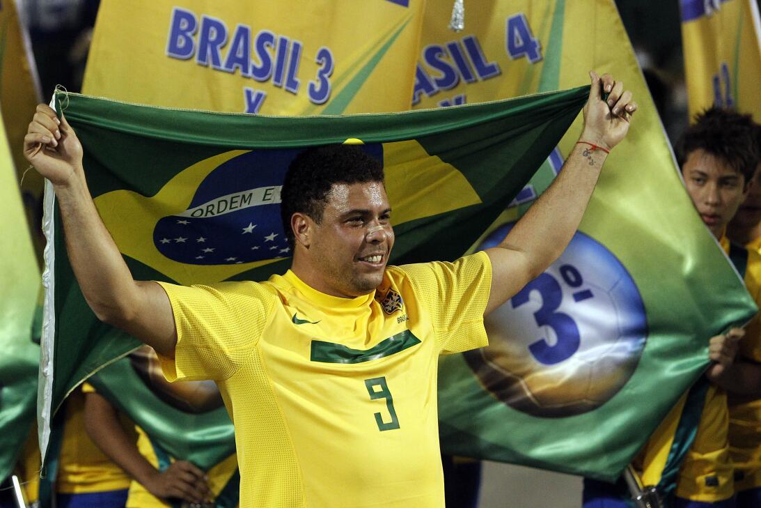 Los 39 años de Ronaldo, el 'Fenómeno' que revolucionó el fútbol mundial...