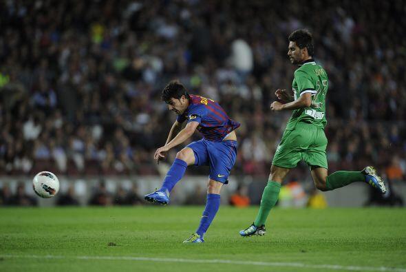El 'Guaje' Villa volvió a ser titular, no marcó pero colaboró.