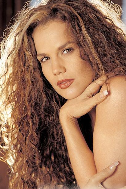 Niurka Marcos comenzó su carrera de bailarina en Cuba y aunque se maquil...
