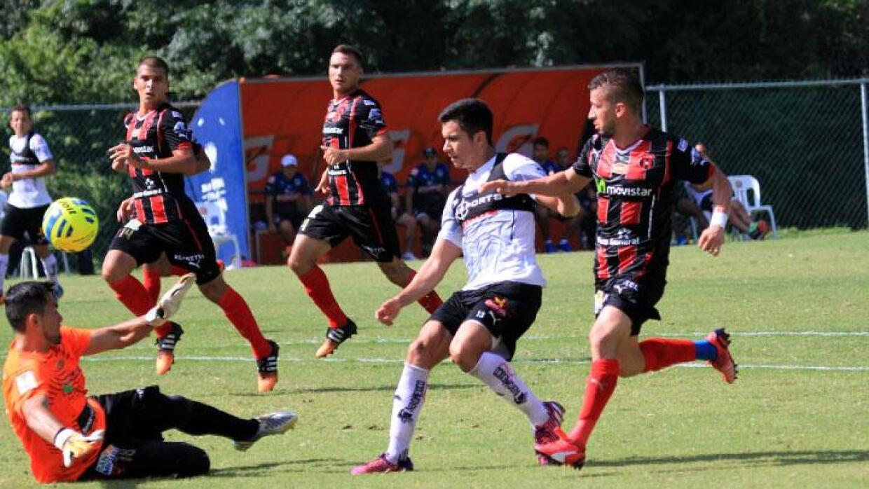 Rayados y Alajuelense jugaron en El Barrial.