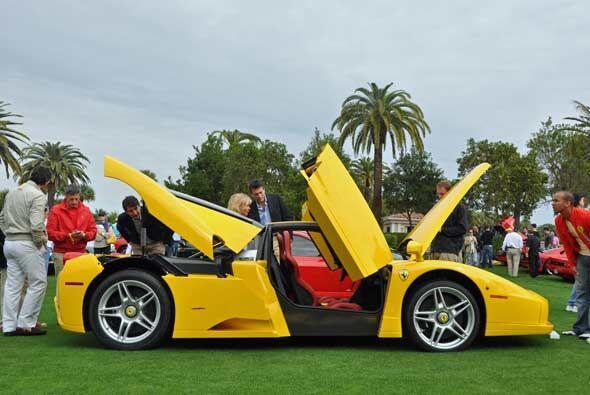 El Ferrari Enzo es una verdadera maravilla de la ingeniería y el...