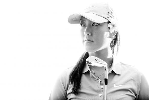 Nos referimos a la bella golfista Michelle Sung Wie originaria de Honolulu.