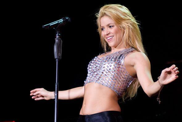 Shakira es sinónimo de talento y belleza. Comenzó su carrera en su natal...