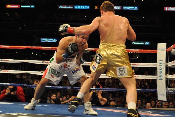 Alfonso Gómez buscó presionar más al campeón, quien supo manejar la situ...