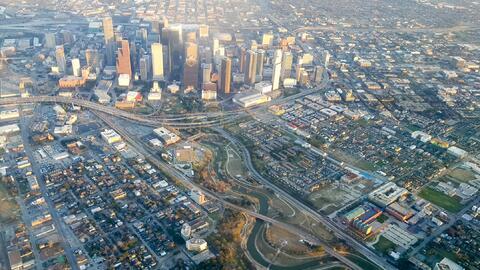 El éxito económico y la diversidad han llegado a Houston,...