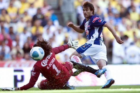 En el Bicentenario 2010 se dio el último empate entre estos equipos con...