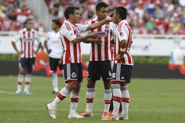 Seis meses después el Guadalajara enderezaría un poco el c...