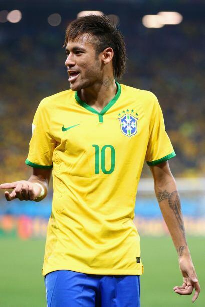 Neymar, jugador del Barcelona y miembro del seleccionado brasileño, tien...