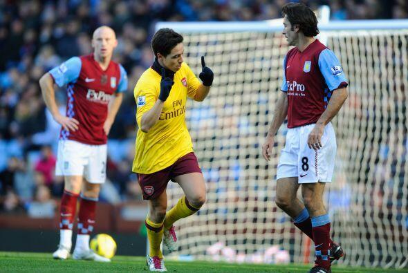 Samir Nasri fue clave en el Arsenal y anotó uno de los goles del ganador.